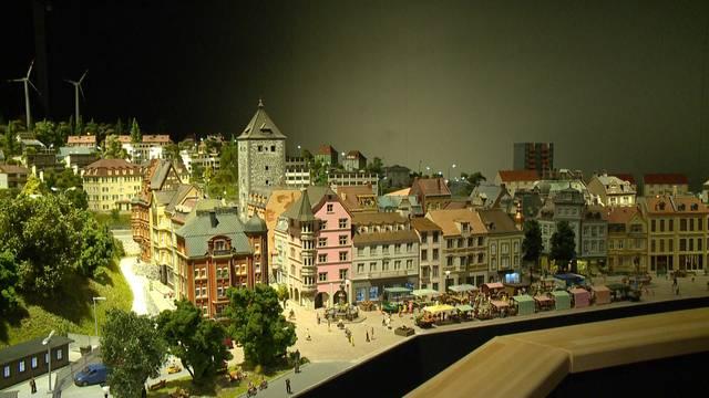Smilestones: Detailverliebte Mini-Schweiz in Neuhausen eröffnet