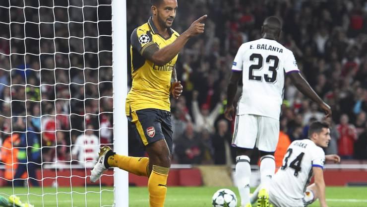 Theo Walcott schoss bei der 0:2-Niederlage des FC Basel bei Arsenal beide Tore