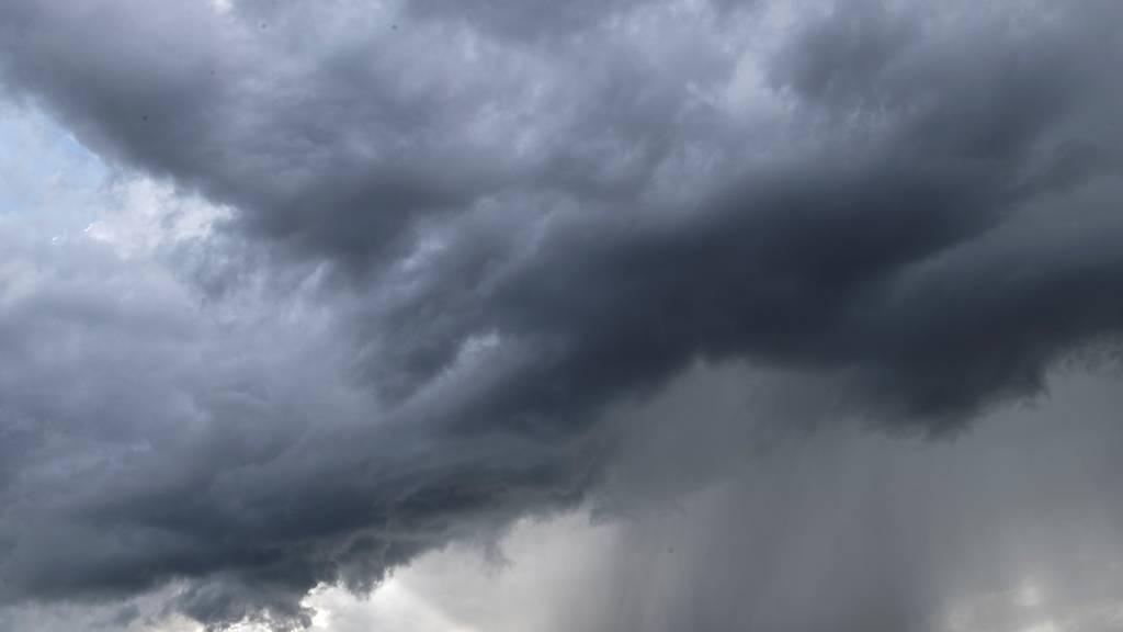 Schnee, Blitz und Donner – Das Wetter spielt verrückt