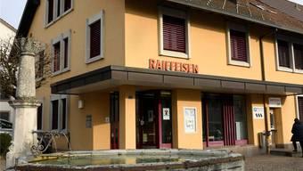 Die Filiale der Raiffeisenbank Birmenstorf wird umgebaut. awa