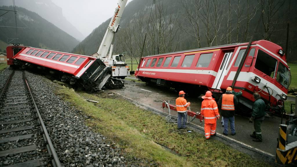 Dieser Zug der Appenzeller Bahnen entgleiste 2007 bei Wasserauen.