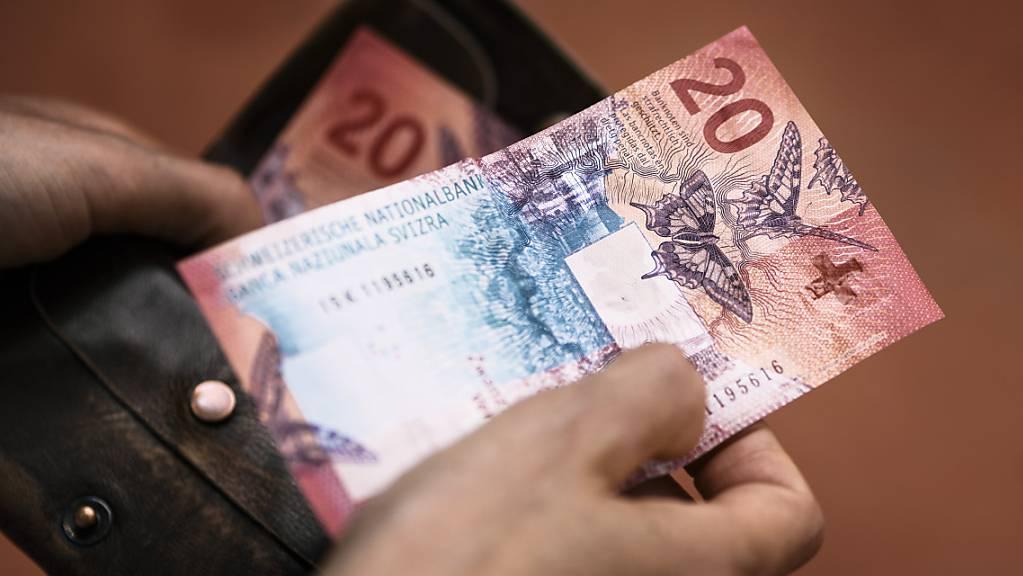 Der Ausserrhoder Regierungsrat wollte für individuelle Lohnerhöhungen die Lohnsumme um ein Prozent erhöhen. Das Parlament beschloss am Montag eine Nullrunde. (Symbolbild)