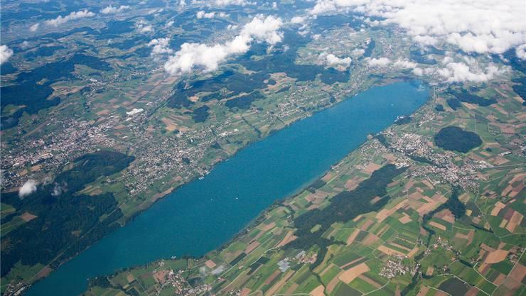 Das Aargauer Seetal aus der Vogelperspektive: Seit 1964 kümmert sich der Landschaftsschutzverband Hallwilersee hier um den Erhalt der Natur.