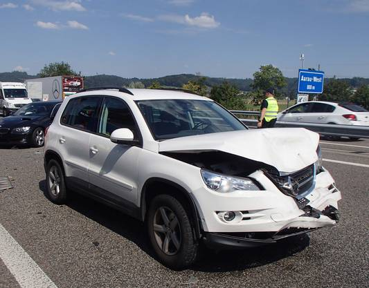 Die Autobahn musste im Unfallabschnitt gesperrt werden.