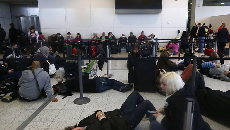 Immer mehr Verspätungen an Schweizer Flughäfen: das zeigen neuste Daten (Symbolbild).