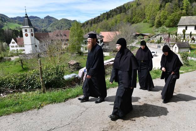 Besuch der neuen orthodoxen Gemeinschaft im Kloster Beinwil.