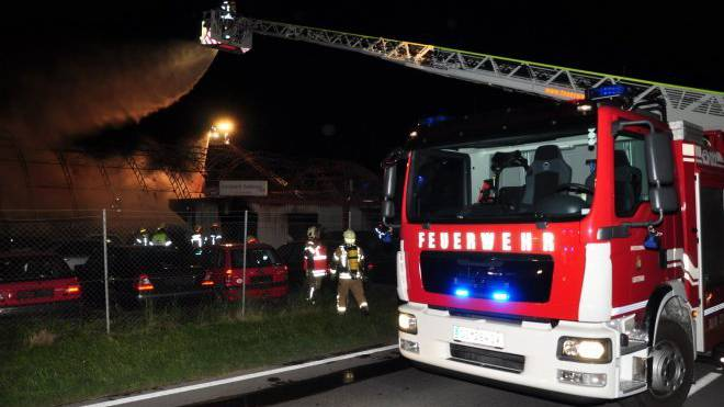 In Feldkirch brannte am Montagabend ein Zimmer. Die Feuerwehr konnte den Brand jedoch rasch löschen.