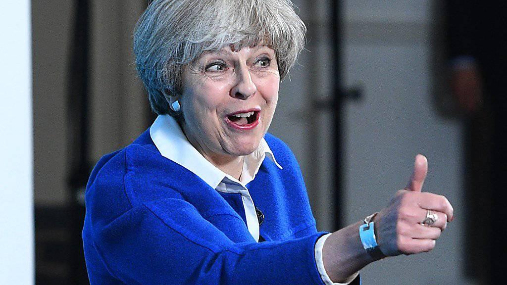 Die britische Premierministerin Theresa May konnte auf dem Weg zum Brexit im Parlament einen ersten Erfolg verbuchen. (Archivbild)