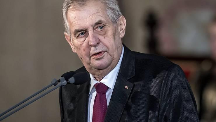 Tschechischer Präsident Milos Zeman: Für einen bewaffneten Angriff auf einen Staat ist ein Mandat des Uno-Sicherheitsrats erforderlich. (Archivbild)