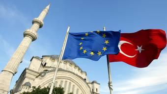 Allen Animositäten zum Trotz: Am Flüchtlingsdeal halten die Türkei und die Europäische Union fest.