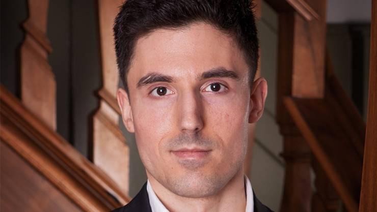 Marko Kovic ist Sozialwissenschafter und Präsident von Skeptiker Schweiz. Der Verein will das Verständnis für kritisches Denken und die klassischen Wissenschaften fördern.