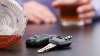 Betrunken, auf Drogen und ohne Billet am Steuer: Der Polizei gingen am Wochenende gleich drei Blaufahrer ins Netz. (Symbolbild)
