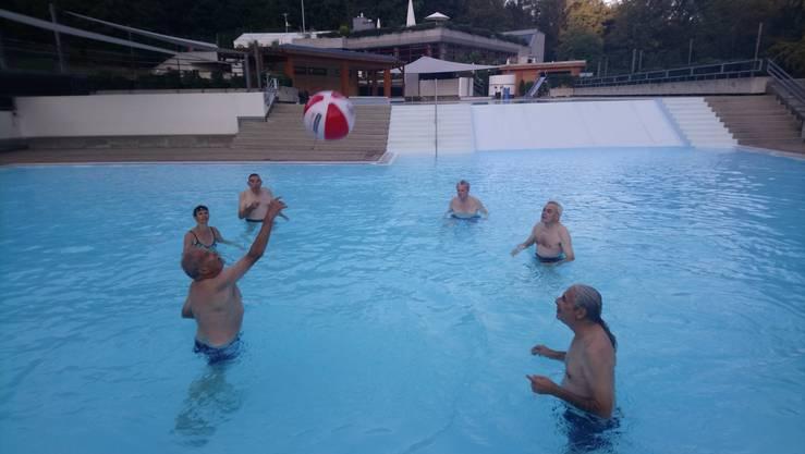 ... mit Wasserball