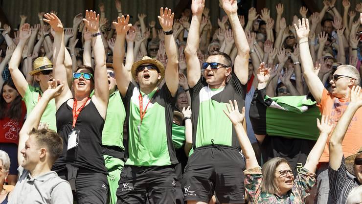 Schlussfeier des Eidgenössischen Turnfestes in Aarau: Gute Stimmung im Publikum.