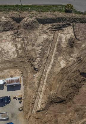 Ein Luftbild zeigt den freigelegten Abschnitt.