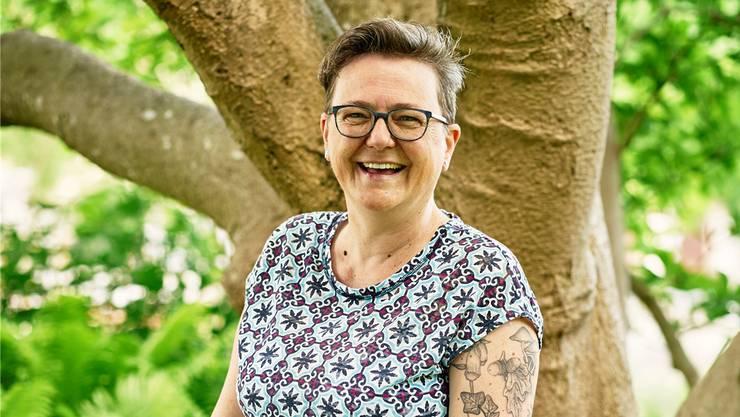 Daniela Gassmann liebt die Natur, das zeigt sich auch an der Tätowierung am Arm. Colin Frei