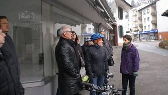 Gespräch am Verkehrsknoten in Trimbach: Ruedi Gugger (Präsident SP Trimbach), Marianne Wyss (Kantonsrätin SP) und Judith Bernet (Büro Kontextplan).