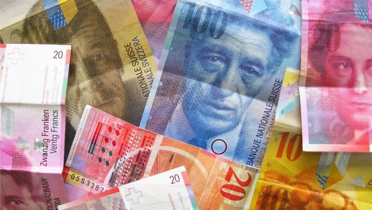 Eine Familie mit zwei Kindern und einem Burttoeinkommen von 80'000 Franken zahlt in Solothurn 5364 Franken Steuern.