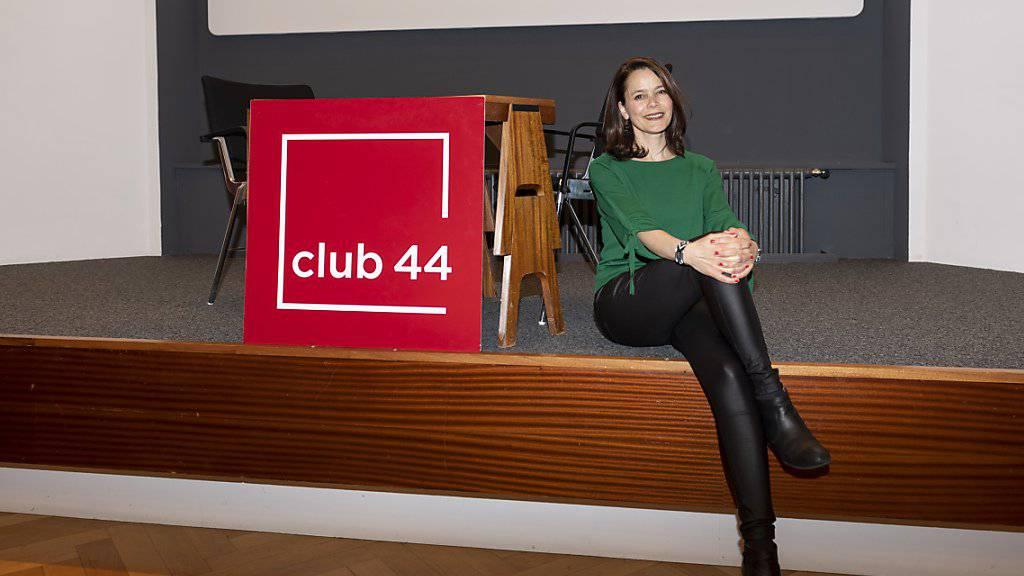 Marie-Thérèse Bonadonna, die aktuelle Direktorin des Clubs 44, war während der letzten elf Jahre für das Programm des Debattierclubs zuständig. Sie wird im September eine neue Stelle im Kulturdienst des Kantons Neuenburg übernehmen.