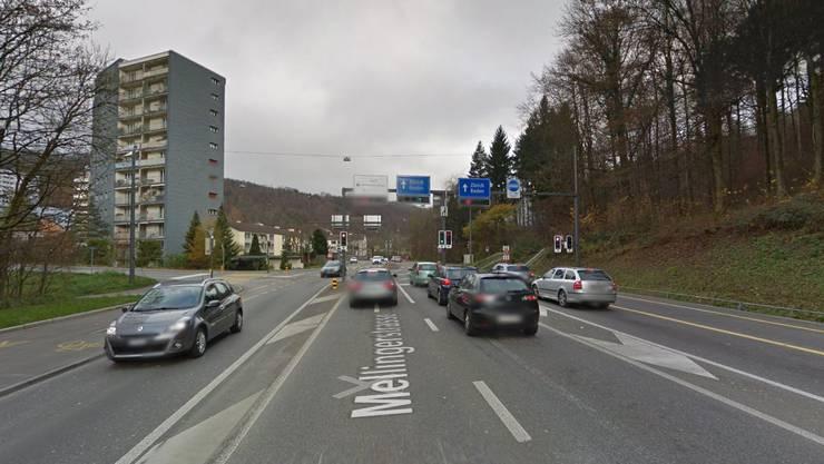 Die Stadtpolizei Baden führte bei der Kreuzung Mellingerstrasse – Dättwilerstrasse eine Verkehrskontrolle durch. Acht Lenkerinnen und Lenker wurde angezeigt.