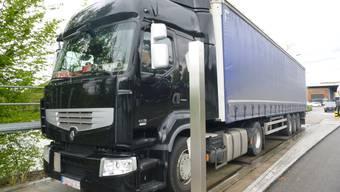 Lastwagen ohne Bremsscheibe unterwegs (9. Mai 2019)
