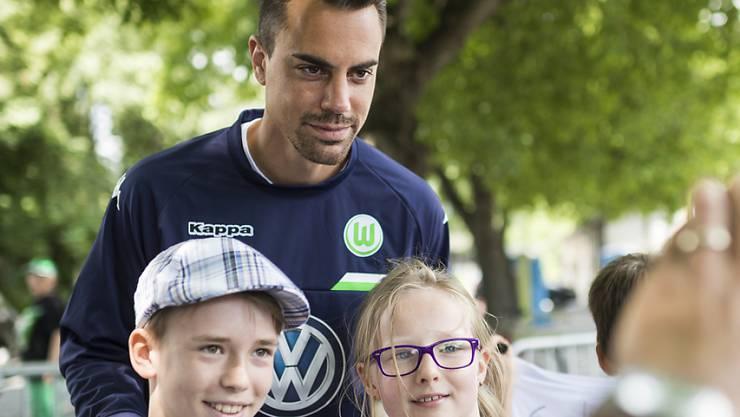In Wolfsburg und bei Schweizer Fans beliebt: Diego Benaglio