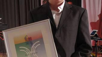 Vertrat seinen Vater, der an diesem Abend nicht nur den Sportpreis, sondern auch auf dem Eis gewann: Elvis Schläpfer. Pensa