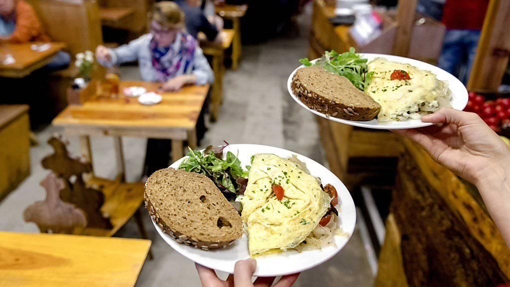 In einem Restaurant im australischen Melbourne sollen Männer bei Bestellungen 18 Prozent mehr zahlen als Frauen. Das Lokal will mit der Aktion auf ungleiche Löhne aufmerksam machen. (Symbolbild)