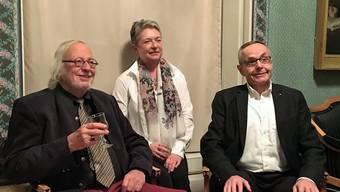 Heiner Halder, Barbara Gurini und Roland Kromer an der Vernissage der Lenzburger Neujahrsblätter 2018 (v. l.).