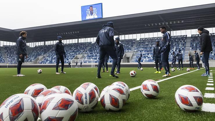 Die Lausanner Mannschaft absolvierte am Donnerstag eine Trainingseinheit auf dem neuen Grün