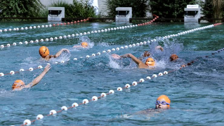 Gestartet wird der Plauschtriathlon mit Schwimmen