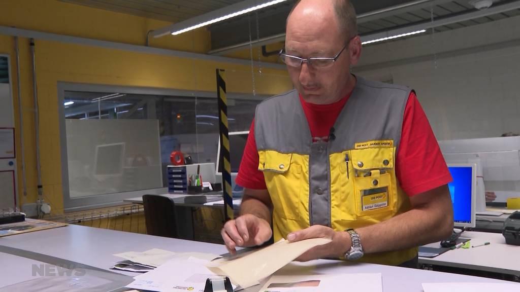 Auf der Intensivstation der Briefärzte: Deshalb braucht die Post eine Briefklinik