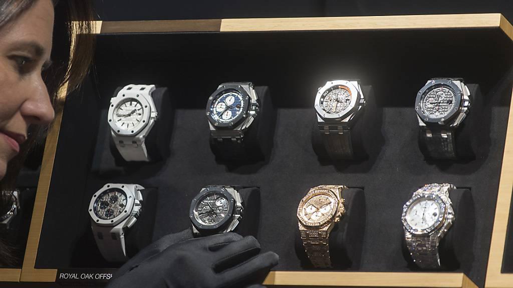 Trotz der Unruhen im einst grössten Absatzmarkt Hongkong sind die Schweizer Uhrenexporte im Oktober leicht gestiegen. (Archiv)