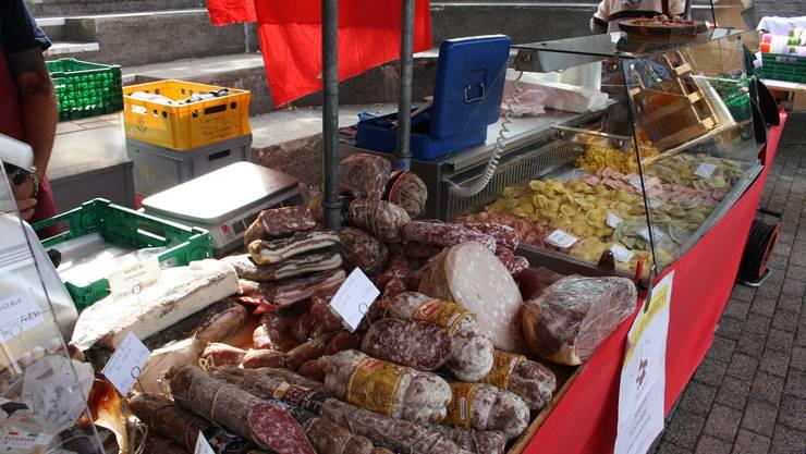 Eindrücke des Dorfplatzmarktes in Oberengstringen. (Archivbild)
