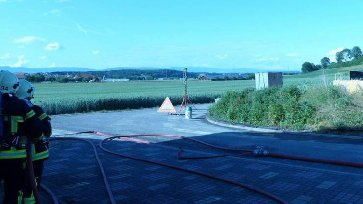 Gebiet evakuiert: Während der Bohrungen für eine Geothermiesonde ist in Cugy FR Gas ausgetreten.