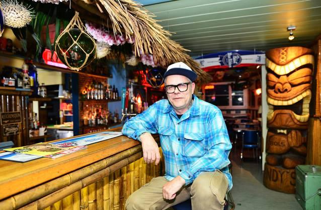 Andy's Place-Wirt Andreas Staube, 56, sagt: «Zweifel-Chips und Kägi fret auf dem Tisch, das will keiner mehr. Viele Wirte haben zu wenig Mut.»