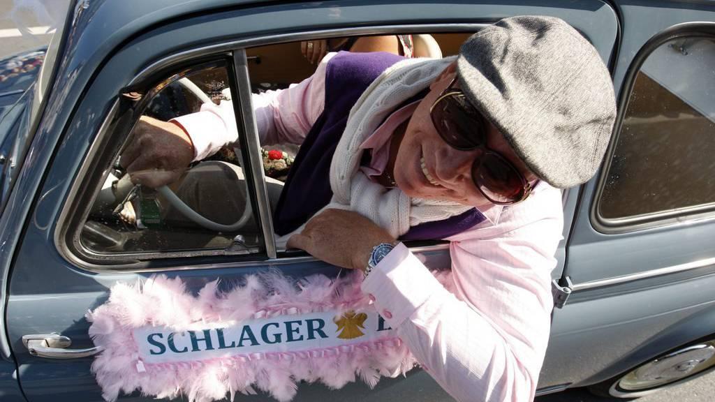 Legende singt an der Schlagerparade