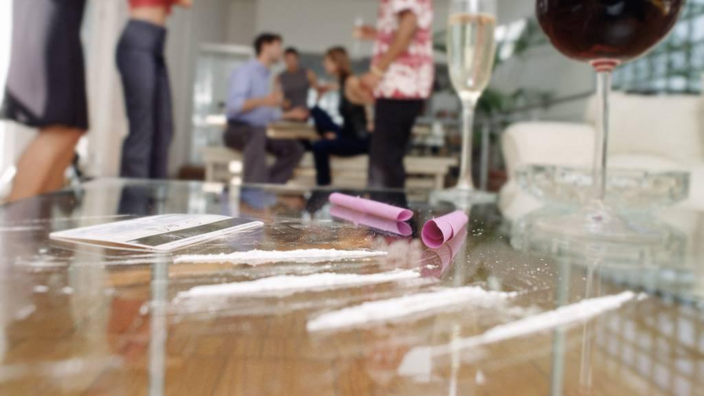 LSD, Kokain und Ecstasy – «Gröbere» Drogenparty mit 40 Personen aufgelöst