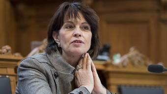 Energieministerin Doris Leuthard ist nicht glücklich darüber, dass das Parlament die Wasserkraft zusätzlich unterstützen will. Sie ist aber froh, dass das Stromnetzgesetz nicht gescheitert ist.