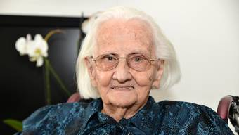 Maria Riedi-Monn (101) hätte schon einen «echten Cumpadialser» gekriegt, doch dann lief ihr auf dem Markt in Disentis Anton über den Weg. Sie blieben 69 Jahre lang verheiratet.