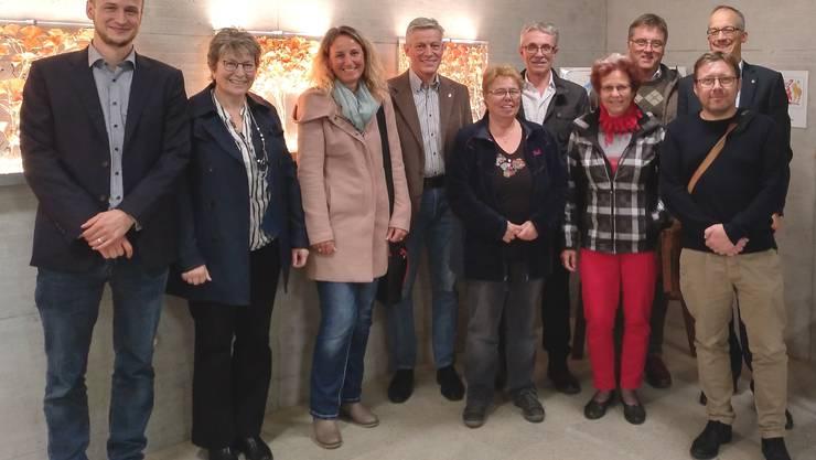 Sie starteten die Konzeption des Nachfolgers von «mit.dabei-Fricktal»: Dominik Burkhardt (Leiter der Steuergruppe, hinten rechts), Andreas Ruf (Vertreter des Kantons, links) und einige Mitglieder der Steuergruppe.