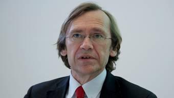 Der Finanzchef des Kantons, Andreas Bühlmann, legt beunruhigende Zahlen auf den Tisch. Hansjörg Sahli