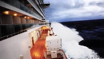 Meterhohe Wellen, Übelkeit, Panik: So erlebten die Passagiere der «Norwegian Breakaway» ihre Fahrt durch den Wintersturm