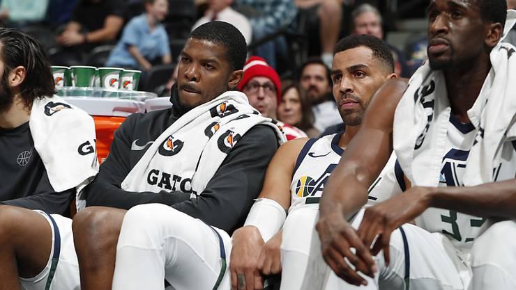 Lange Gesichter bei den Utah Jazz mit Thabo Sefolosha (Zweiter von rechts) während des Spiels in Denver
