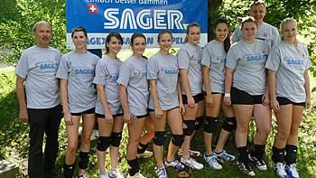 Teamfoto VBC Seengen/Seon mit dem Turnier-T'Shirt