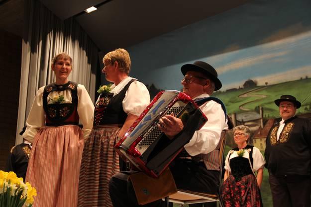 Wieder ein Duett von Anita Laube und Anna Eisenhut diesmal in Begleitung von Gody Emmenegger