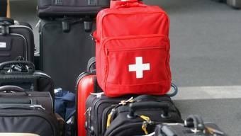 Jede Person in der Schweiz packt im Schnitt drei Mal jährlich die Koffer für eine Reise mit Übernachtung. (Themenbild)