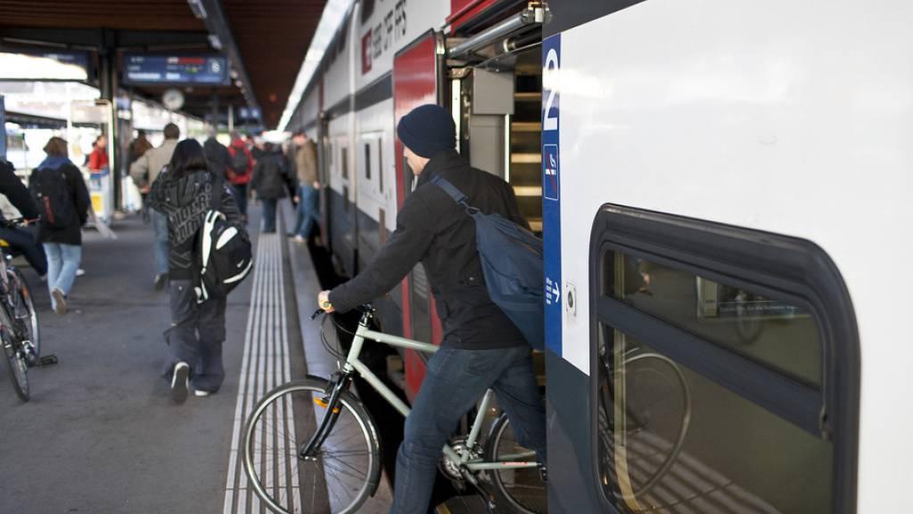 Petition gegen Velo-Reservationspflicht in Zügen