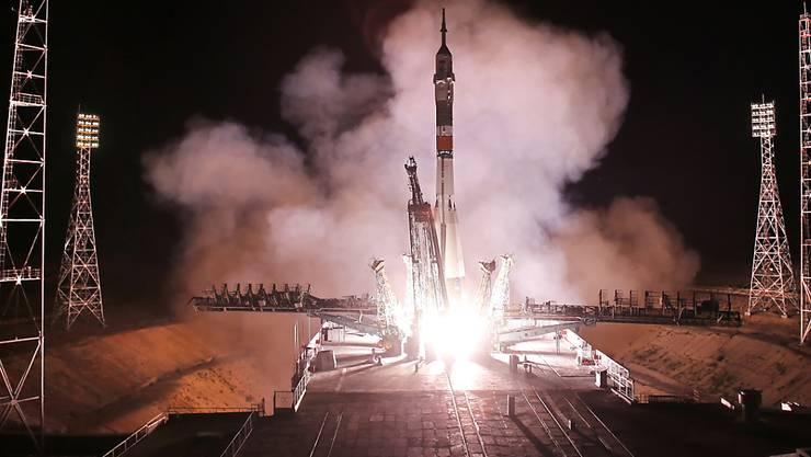 Am 50. Jahrestag der ersten Mondlandung haben sich ein Italiener, ein US-Astronaut und ein russischer Kosmonaut auf den Weg zur Internationalen Raumstation ISS gemacht.