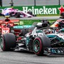 Lewis Hamilton siegt im Ferrari vor Kimi Räikkönen im Ferrari